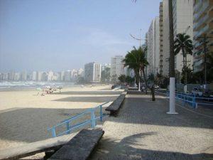praia-de-pitangueiras-Guarujá-300x225